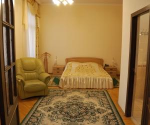 ГЛАВНЫЙ КОРПУС - Люкс 2-х комнатный 2-х местный (0,86)
